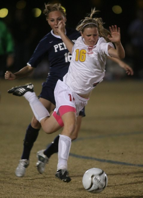 Seton girls edge Gilbert Perry