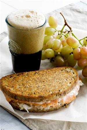 Food-Healthy-Reuben Panini
