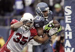 Seahawks hammer Cardinals to win NFC West