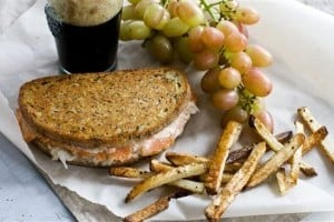 Food-Healthy-Reuben Panini