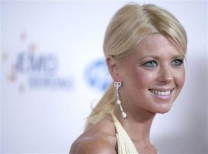'American Pie' star Tara Reid checks into rehab