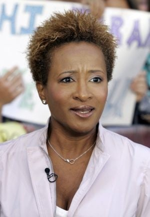 Comedian Wanda Sykes says she's 'proud to be gay'