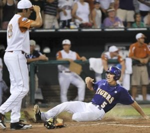 Mahtook single in 11th gives LSU 7-6 CWS win