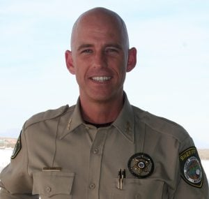 Pinal sheriff calls for recorder to resign