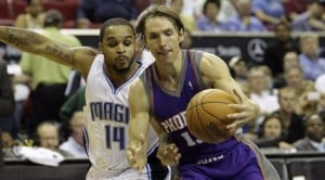 Howard, Anderson help Magic rout Suns