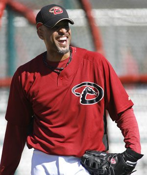D-Backs get Tony Clark back from Padres 