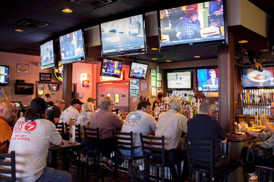 Best of Mesa 2014 Sports Bar:  Hub
