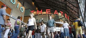 18,000 get first look at new Tempe arts center