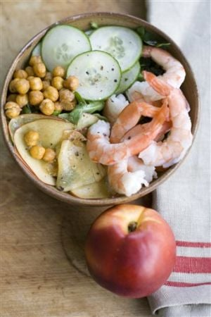Food Chickpea and Nectarine Salad