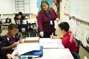 Higley district seeks higher teacher retention