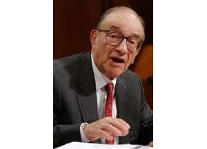 Greenspan says Bush tax cuts helped economy