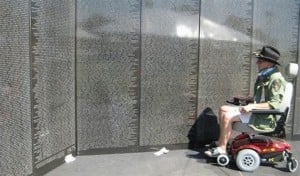 Phoenix hosts replica of Vietnam vets wall