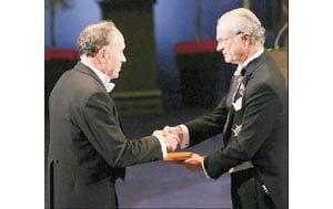 ASU economics professor receives Nobel Prize