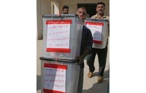 Iraqi electoral workers to audit results