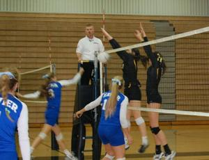Gilbert vs. Xavier volleyball
