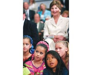 First lady visits Kyl fundraiser, E.V. school kids