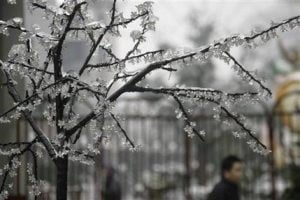 Power outages threaten Chinese New Year