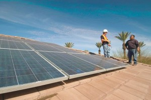 Regulators OK APS solar expansion projects