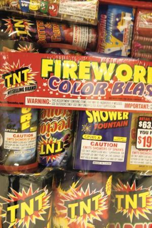 afn.122410.news.Fireworks5.jpg