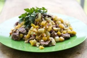 Food-Deadline-Beef and Mango Salad
