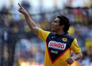Paraguayan soccer star shot in Mexico City bar
