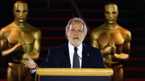 Oscars doubling best-picture nominees to 10