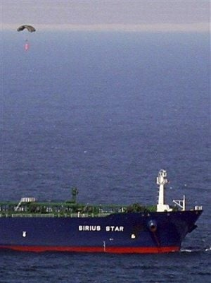 Negotiator: pirates get $3 mil for Saudi tanker