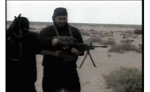 Video shows al-Zarqawi fumbling with rifle