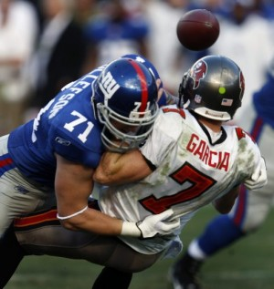 Giants still are road warriors