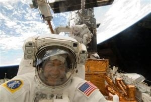 Astronauts finish Hubble space telescope