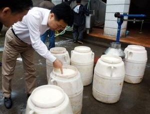 Parents file lawsuit in China against dairy firm