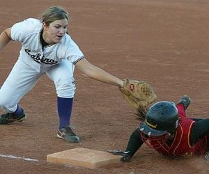 Chaparral blanks Sabino, advances to championship 