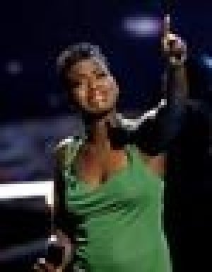 'Idol' Barrino to sing at 2004 CFDA Fashion Awards