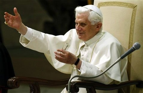 Pope blames indifference for hunger deaths