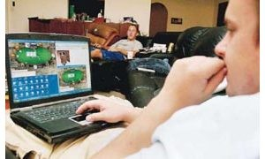 Online gambling tempts teens