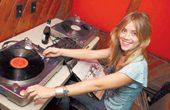 Catch Valley Fever with DJ Dana