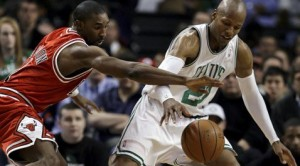 Allen helps Boston even series against Bulls