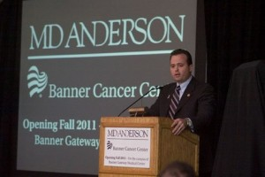 Banner cancer center in Gilbert breaks ground
