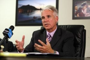 Mesa hires recruiter for police chief search
