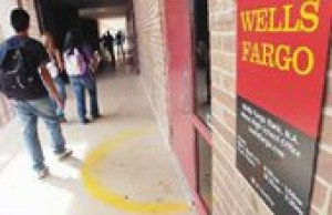 Wells Fargo goes to school in Mesa