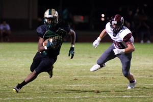Skyline gets early lead, hangs on to beat Mesa 30-21