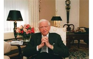 Author Sidney Sheldon dies at 89