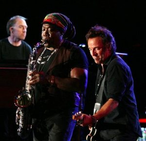 E Street Band member Danny Federici dies at 58