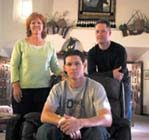 Family helps in man's kidney disorder fight