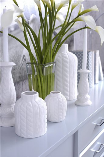 Homes-Designer-Wintry Decor