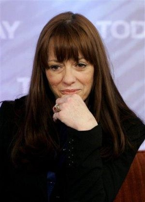 Mackenzie Phillips charged with drug possession