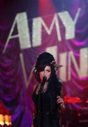 Winehouse's mom: Amy on road to recovery