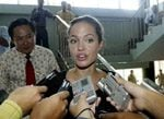Jolie is awarded Cambodian citizenship