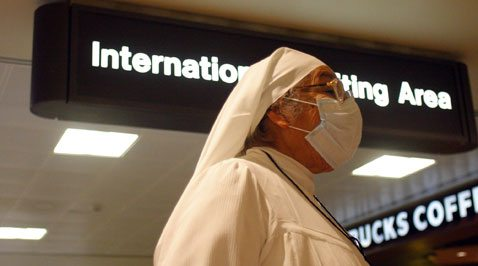 U.S. warns of Mexico travel; no swine flu in AZ