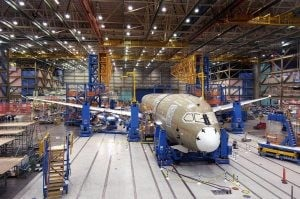 Boeing delays 787 debut due to production woes